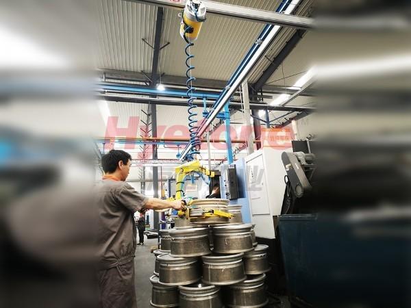 AMB轮毂加工助力机械手-轮毂上下件葫芦